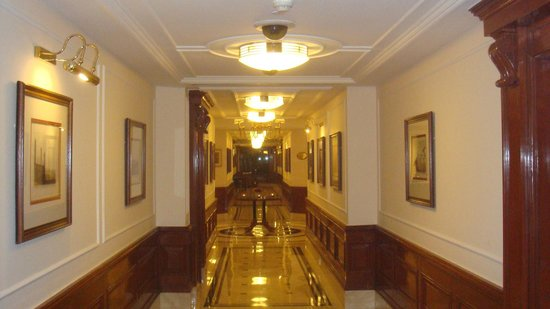 The Imperial Hotel: Hall