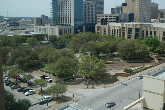Sheraton Fort Worth Downtown Hotel: View from room