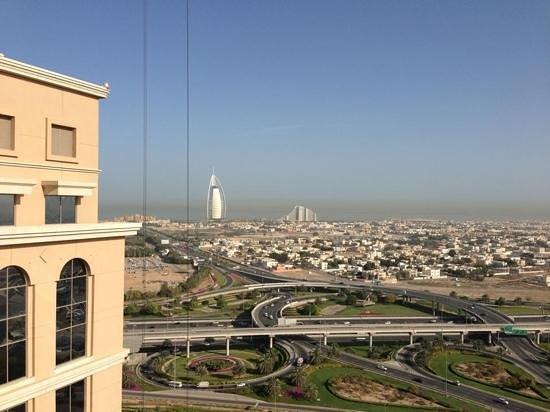 Sheraton Dubai Mall of the Emirates Hotel: vue de la chambre au 18eme étage