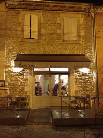 Aux Fines Herbes : the exterior at night!
