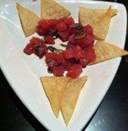Noir Bar: Tuna Tartar