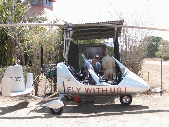 Fly With Us - Ultralight Tours : Avitaillement