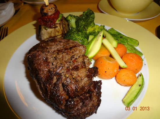 Crowne Grill: Tenderloin