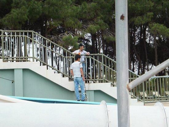 Sueno Hotels Beach Side: Water slide area being repainted