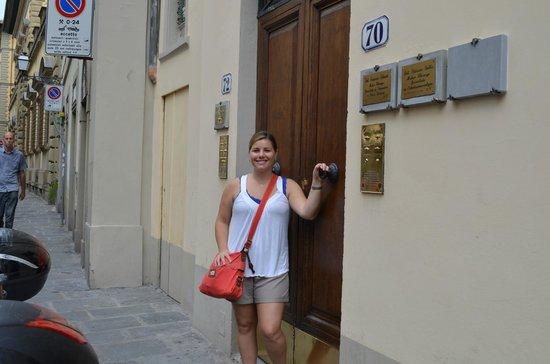Antica Dimora Firenze : Door to the Bed and Breakfast