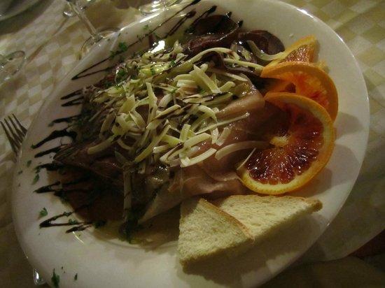 Il Ciliegio dell'Etna: antipasto di carpacci misti di carne