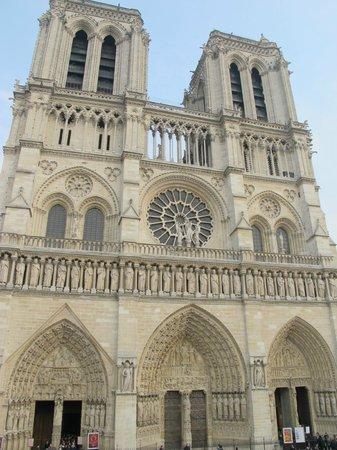 Ultimate Paris Guide  Tours: Notre Dame