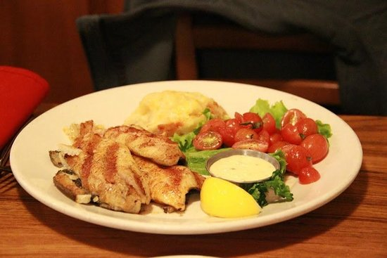 The Fish Market: Chicken breast - very good taste