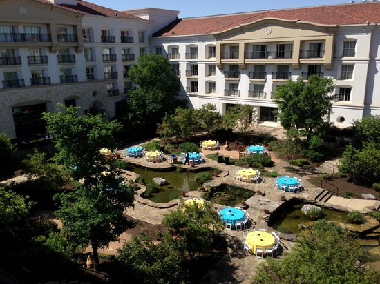 La Cantera Hill Country Resort: From side balcony of the room