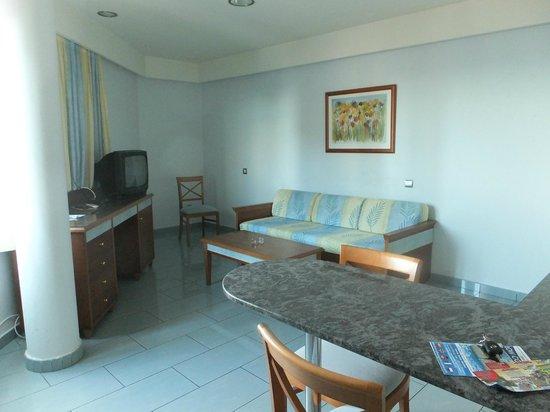 Apartamentos MarinaSol: Salón