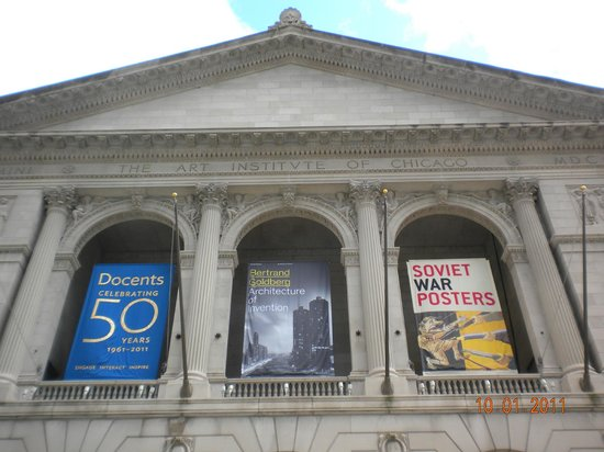 The Front Of The Musuem Picture Of The Art Institute Of Chicago Chicago