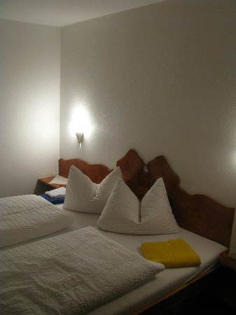 Gasthaus zum Rebstock: Zimmer
