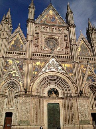 Villa Nuba Charming Apartments: Duomo di Orvieto