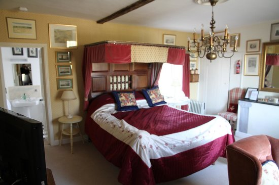 The Lodge Avebury: My suite