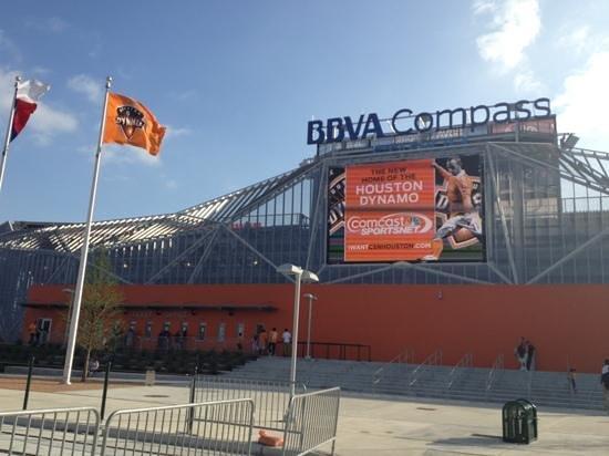 BBVA Compass Stadium: outside the stadium