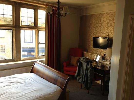The Old Bell Hotel: superior room
