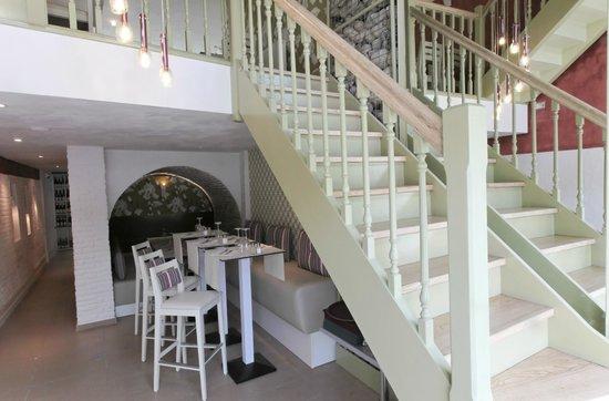 L'Envie: Montée d'escalier