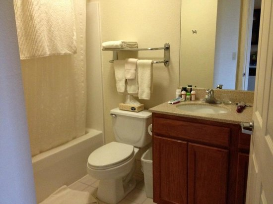 proximity to interstate picture of candlewood suites. Black Bedroom Furniture Sets. Home Design Ideas