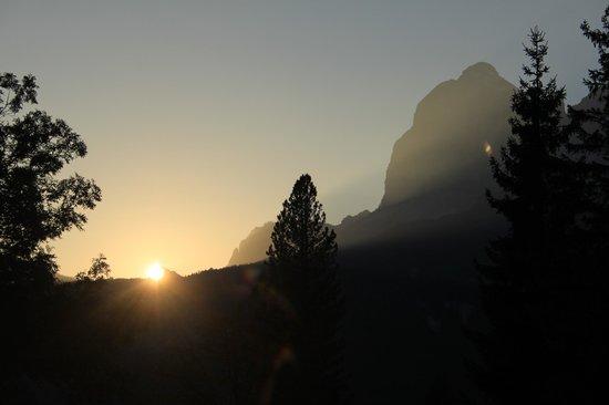 Baita Fraina: Sunset over Tofana