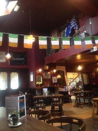 Burkes Bar and Restaurant: inside near the bar