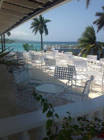 Jamaica Inn: Terrace Dinning Area