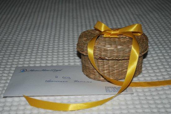 Minos Mare Royal: Подарочек к моему Дню Рождению