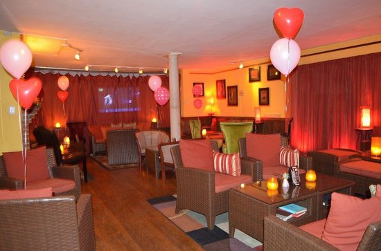 Bridge Inn Pleasantville: Martini Lounge (Valentin's Day)