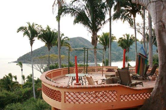 Casa Coco & Coco Cabana: Main Terrace at Coco Cabana
