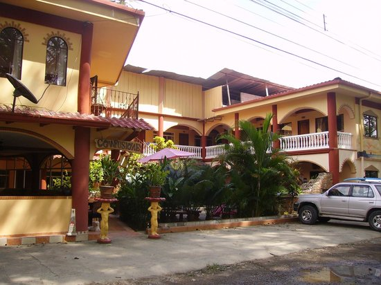 Hotel Domilocos: Clean and functional