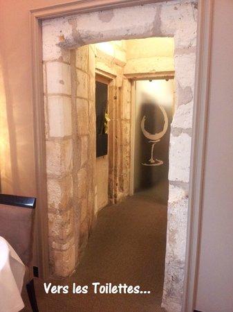 La Suite : En allant aux toilettes