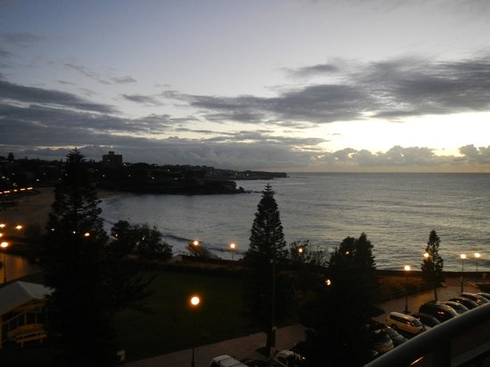 AeA The Coogee View: night view from balcony