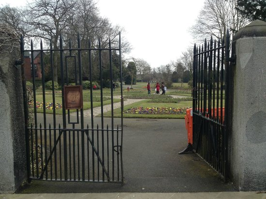 Grosvenor Museum: An entrance gate