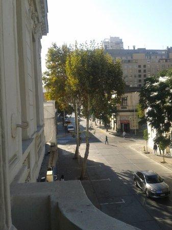 Happy House Hostel: Desde el balcón de una de las habitaciones
