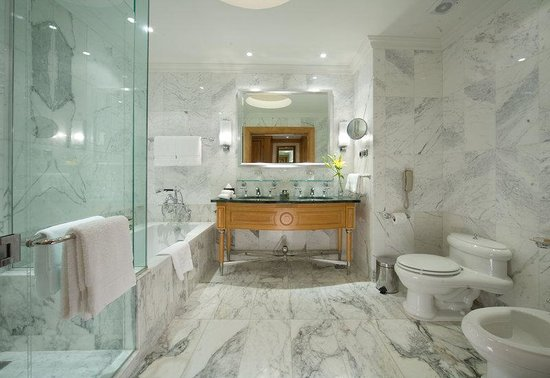 Le Royale Sharm El Sheikh, a Sonesta Collection Luxury Resort : Guest Room Bathroom