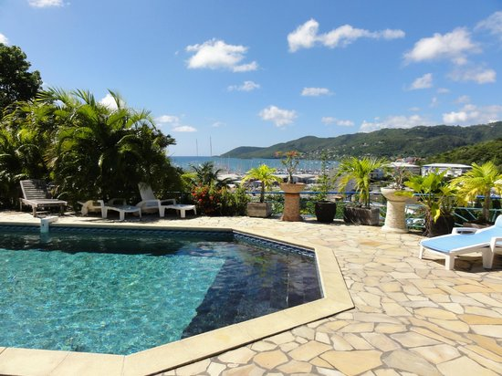 Residence des Iles Martinique: View with the pool