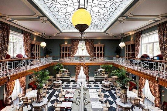 Vidago Palace Hotel: Winter Garden Breakfast