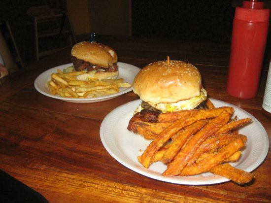 Meskla Dos - Upper Tumon: Burger with potato or sweet potato fries.