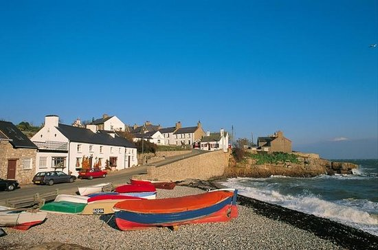 Anglesey Walking Holidays: Moelfre fishing village Anglesey Coastal Path