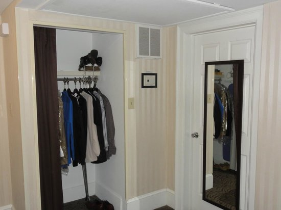 Artmore Hotel: Closet on left. Bathroom door on right