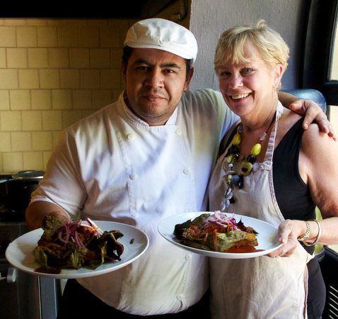 Hotel Dos Casas: Our cooking class with Chef Angel