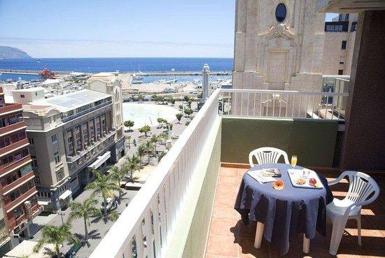 Hotel Adonis Capital: Pool