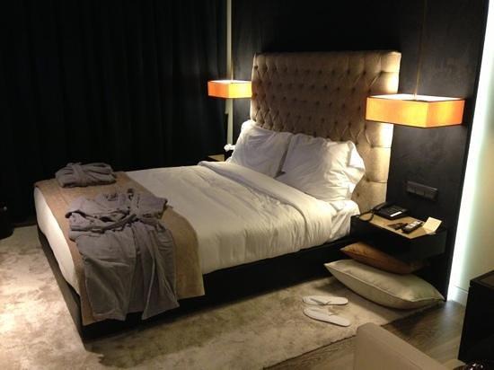 9HOTEL MERCY: quarto cosy duplo