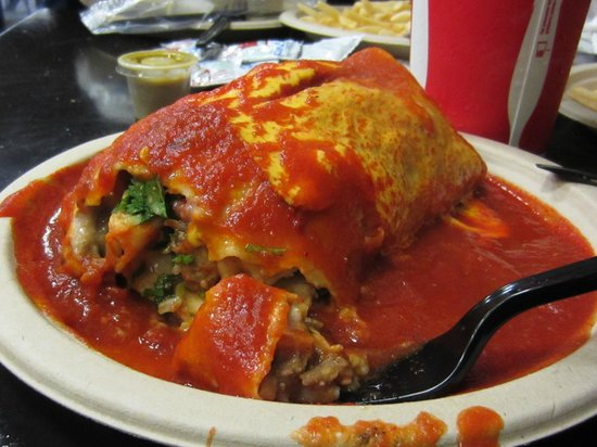 Lily's Cafe and Pastries: Carne asada wet burrito.