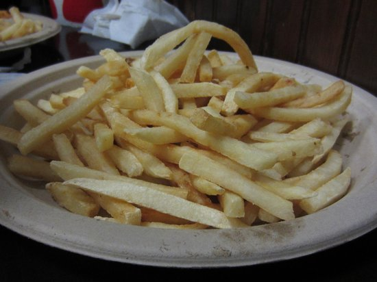 Lily's Cafe and Pastries: Fries, obviously.