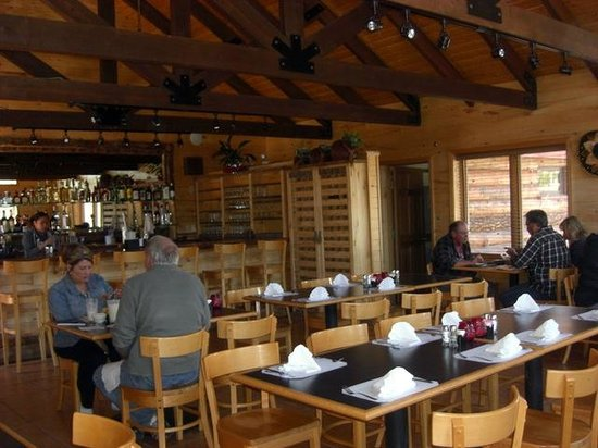 Ramon's: Interior dining room