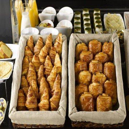 Campanile Bonneuil Sur Marne - Creteil : Buffet Restaurant