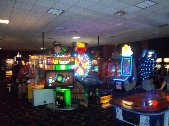 arcade picture of disneys allstar music resort