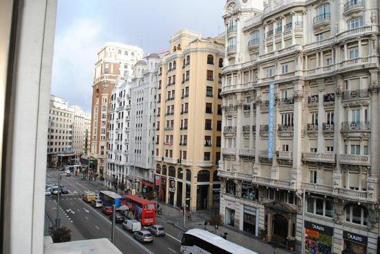 Regente Hotel: Vista a la Gran Via