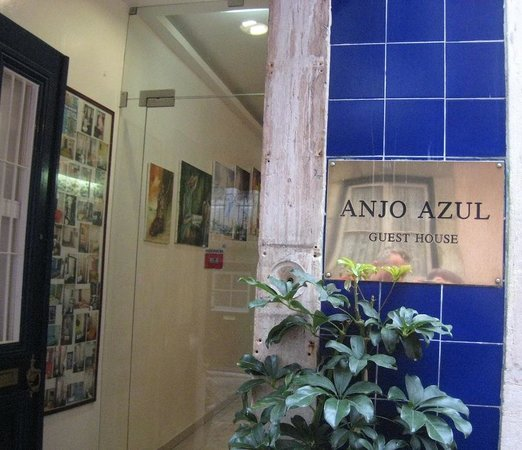 Hotel Anjo Azul : the front door