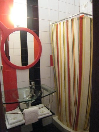 Hotel Anjo Azul: Bathroom